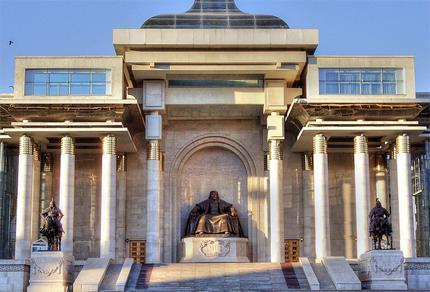 Чингисийн төрсөн өдрийг тэмдэглэх нь төрийн солиорол