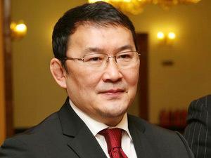 """Х.Баттулга """"Монголиан Эйрлайнс""""-т нислэгийн зөвшөөрөл олгожээ"""