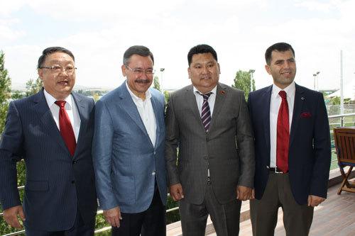 Улаанбаатар, Анкарагийн харилцааны талаар уулзаж ярилцжээ