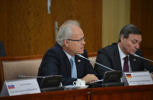 Европын Холбооны гишүүн орнуудаас Монгол Улсад суугаа Элчин сайдуудыг хүлээн авч уулзав