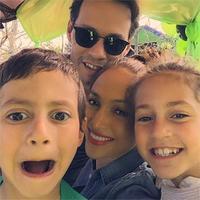 Женнифер Лопес, Марк Энтони нар хүүхдүүдийнхээ төрсөн өдрөөр үдэшлэг зохиожээ