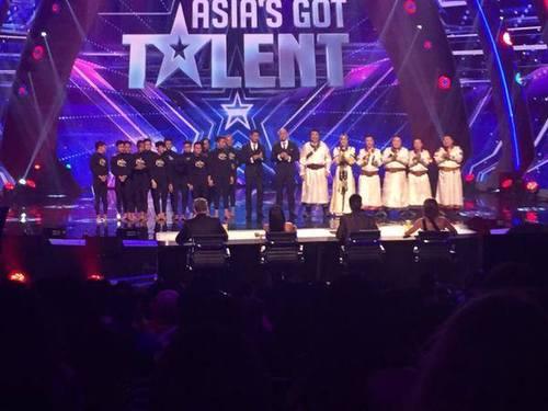 """""""Хөсөгтөн"""" хамтлаг """"Asia's Got Talent"""" шоуны хоёрдугаар байрт шалгарлаа"""