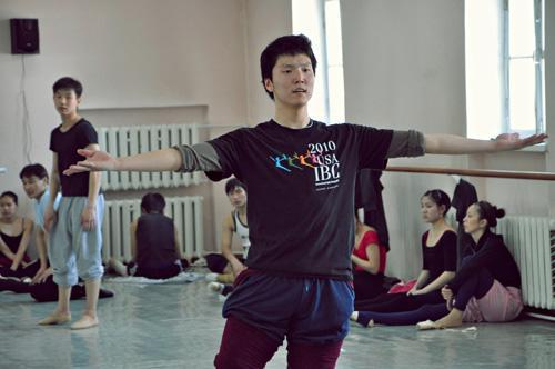МУСТА О.Ганцоож: Биальбертад дахиад ганцхан хором бүжиглэхийг хүсдэг