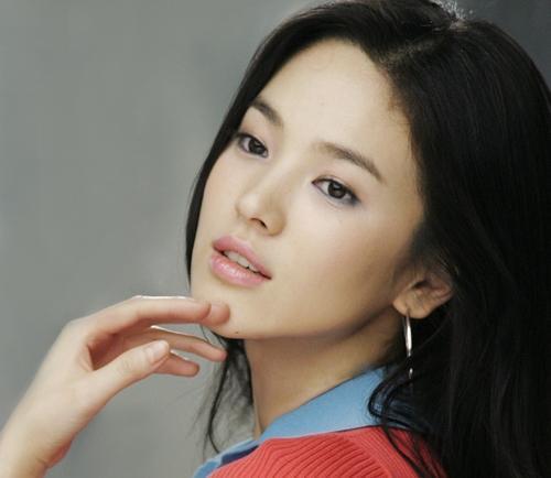 Солонгосын жүжигчин бүсгүйн арьс арчлах зөвлөгөө