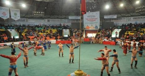 Монгол бахархалын өдөрт зориулсан бөхийн барилдаан болно