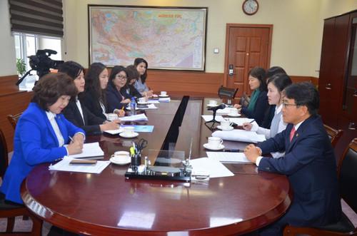 БНСУ-д эмчилгээ хийлгэсэн иргэд Монголдоо хяналтанд орох боломжтой боллоо