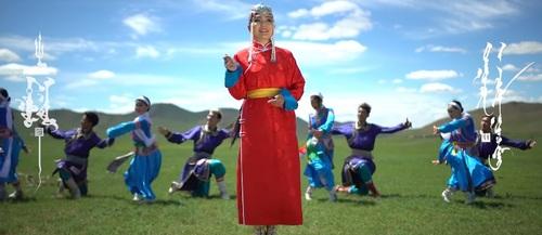 """Дуучин Э.Чулуунчимэг- """"Mонгол наадам"""""""
