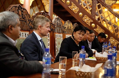 Д.Оюунхорол сайдын урилгаар НҮБ-ын Байгаль орчны хөтөлбөрийн дарга Монгол Улсад айлчилж байна
