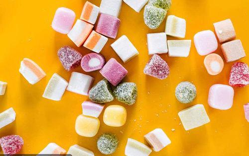 Онцгой үед чихэр идэх нь муу