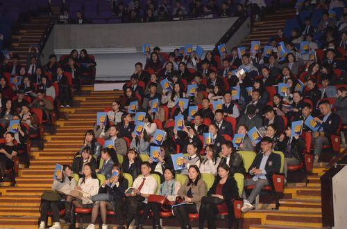 """2500 гаруй сурагчийг хамруулсан """"Шинэ алхам"""" арга хэмжээ зохион байгууллаа"""