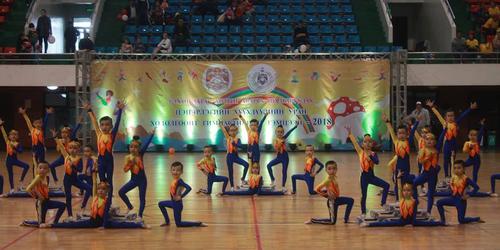 Уран хөдөлгөөнт гимнастикийн аварга шалгаруулах тэмцээн боллоо