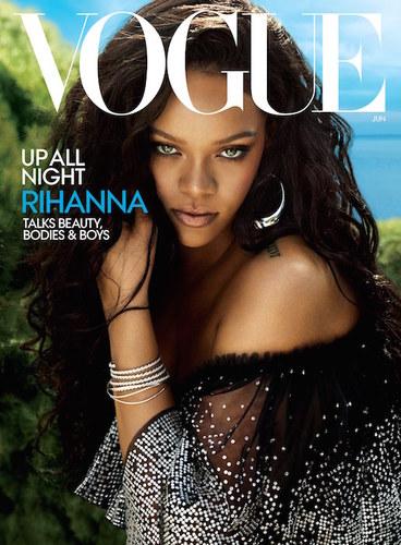 """Рианна """"Vogue USA"""" сэтгүүлийг чимэв"""