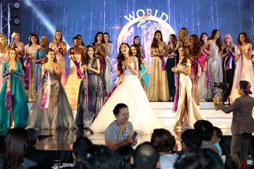 Б.Гүнзаяа: Эх орныхоо нэр, сүрийг дэлхийд сурталчилж, монгол охидын ур ухааныг гайхуулсан ялалт байлаа