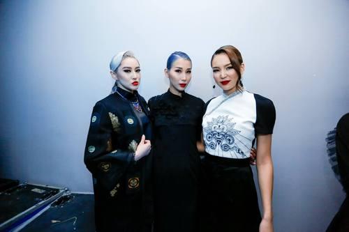 """Үндэсний брэнд """"О Couture""""  Өвөр Монголд цэцэглэлээ"""