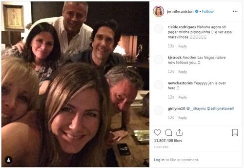 """""""Friends"""" цувралын жүжигчид 25 жилийн дараа"""
