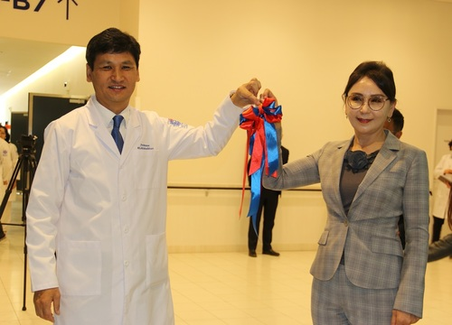 Монгол-Япон сургалтын эмнэлгийн амбулатори үйлчлүүлэгчдээ хүлээн авч эхэллээ