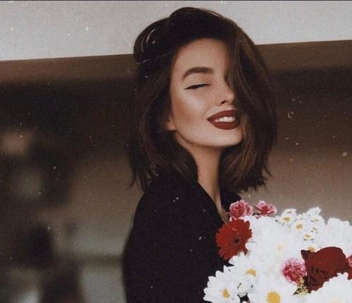 Инээмсэглэж амьдар бүсгүй минь...