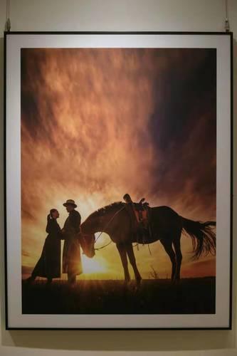 """""""Хөх тэнгэрийн орон"""" гэрэл зургийн үзэсгэлэн Бээжин хотноо нээгдлээ"""
