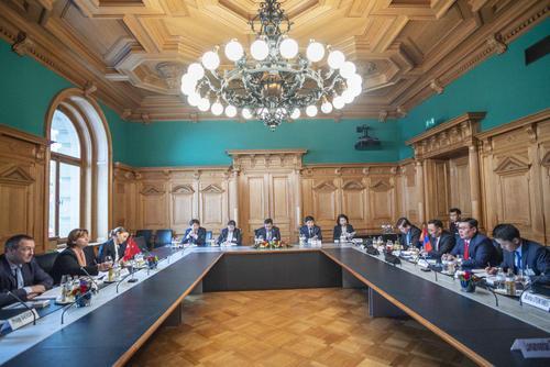 УИХ-ын дарга Г.Занданшатар Швейцарийн Элчин сайдын яамыг Монгол Улсад нээх санал дэвшүүллээ