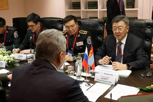 Батлан хамгаалахын сайд Н.Энхболд  олон улсын аюулгүй байдлын Москвагийн VIII бага хуралд үг хэллээ