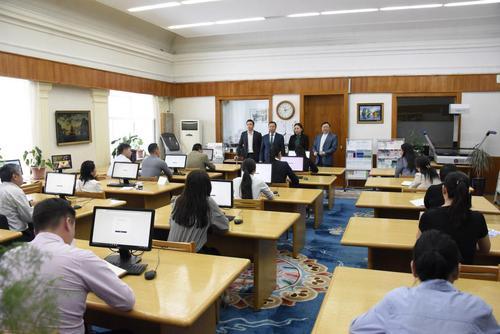 Монгол Улсын Үндсэн хуульд оруулах нэмэлт, өөрчлөлтийн төсөлд иргэдээс ирүүлсэн санал, дүгнэлтийг нэгтгэх ажил эхэллээ