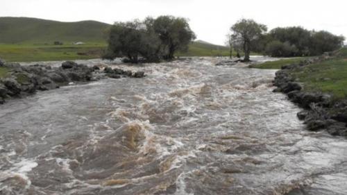 Үер, усны аюулаас урьдчилан сэргийлэхийг анхааруулав