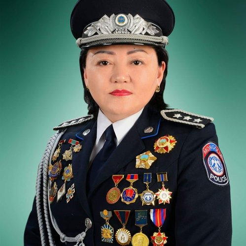 """Монгол Улсын анхны """"гавъяат хуульч"""" эмэгтэй цагдаагийн байгууллагаас төрлөө"""