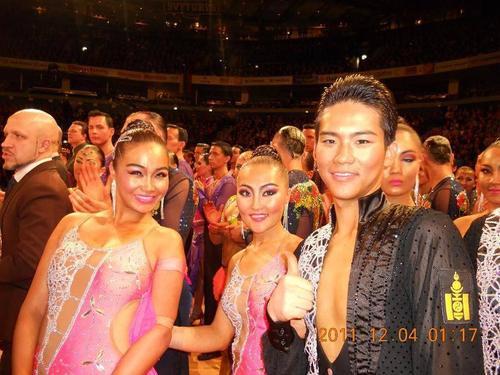 Б.Цагаанбаяр: Бүжгийн талбайд хүнийг нийгмийн гарал үүсэл, мэргэжлээр нь ангилдаггүй