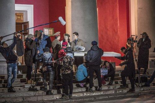 Б.Тамир: Монголд ийм хэмжээний олон ангит кино хийгдэж байгаагүй