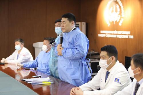 Цар тахлын голомтод ажиллаж байгаа эмч, ажилтнуудад урамшуулал олгоно